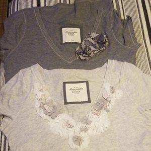 Set of 2 t shirts